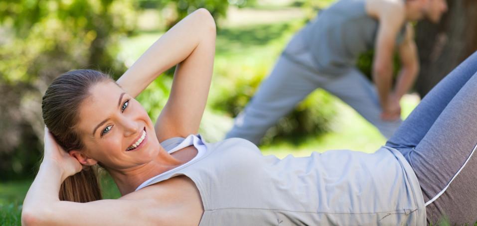 Nenechte se ereskou spoutat – procvičujte svaly klidně vsedě!