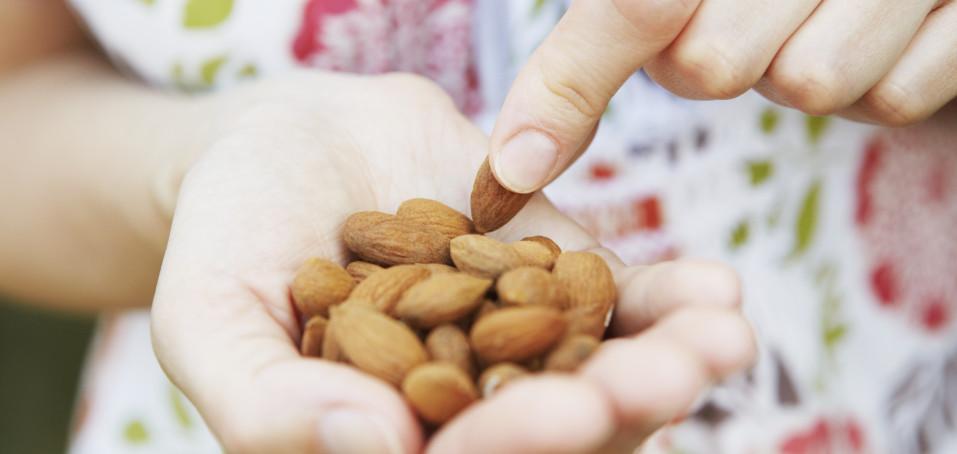 Mastné kyseliny: možný doplněk terapie roztroušené sklerózy