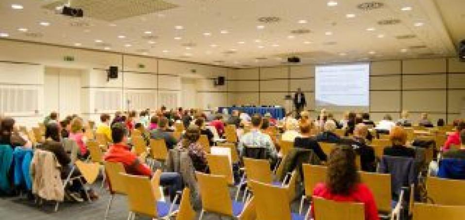 Konference vítají rodiny nemocných s roztroušenou sklerózou