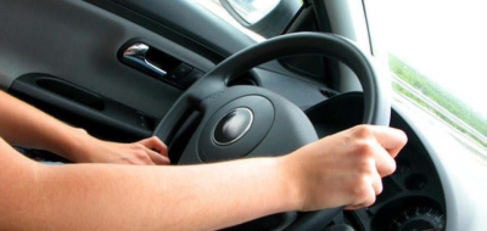 S ereskou za volant aneb Čím vším si můžete usnadnit řízení auta