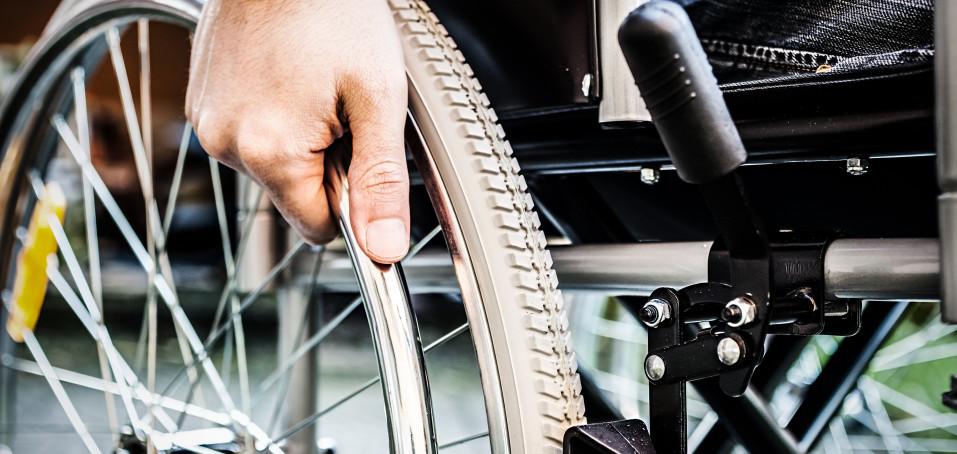 Devět tipů pro vozíčkáře, jak se snadno a dobře oblékat