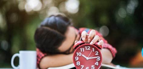Únava při roztroušené skleróze: Co když spánek nepomáhá?