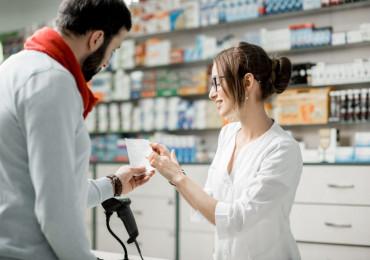 S občanským průkazem do lékárny. Je to bezpečné?