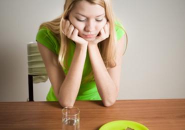 Které příznaky nás mohou upozornit na problém se štítnou žlázou?