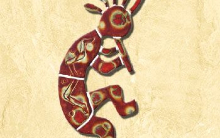 Symbolem plodnosti jsou žáby i hrbatý panáček Kokopelli